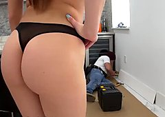 BANGBROS - Aidra Fox Fucks The Handyman (bbc15925)