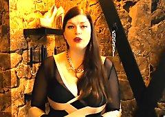 Chastity Keuschhaltung eines Minischwanzes des Sklaven