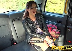 Fake taxi immense sexy Spanish ass bounces as tight poon fucked in cab