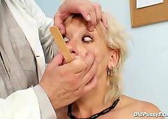 婦人科医によるおまんこ検査