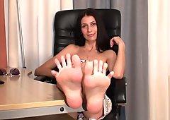 Hermosa mujer y hermosas piernas