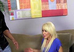 Blondynki starsze napalone na młodych Erica Lauren kocha czarne pała
