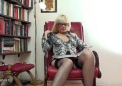 Hot Milfy BiblioteKarki i jej stara cipa
