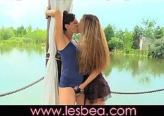 Lesbea MILF makes her come again