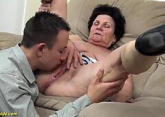 72歳ウーリーおばあちゃんエロエロ突かれ